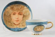 снимка на Синя чаша и чинийка Алфонсо Муха
