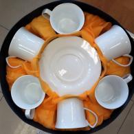 Комплект за кафе или чай с бели чаши