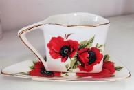 снимка на Нестандартна чаша за кафе с мак