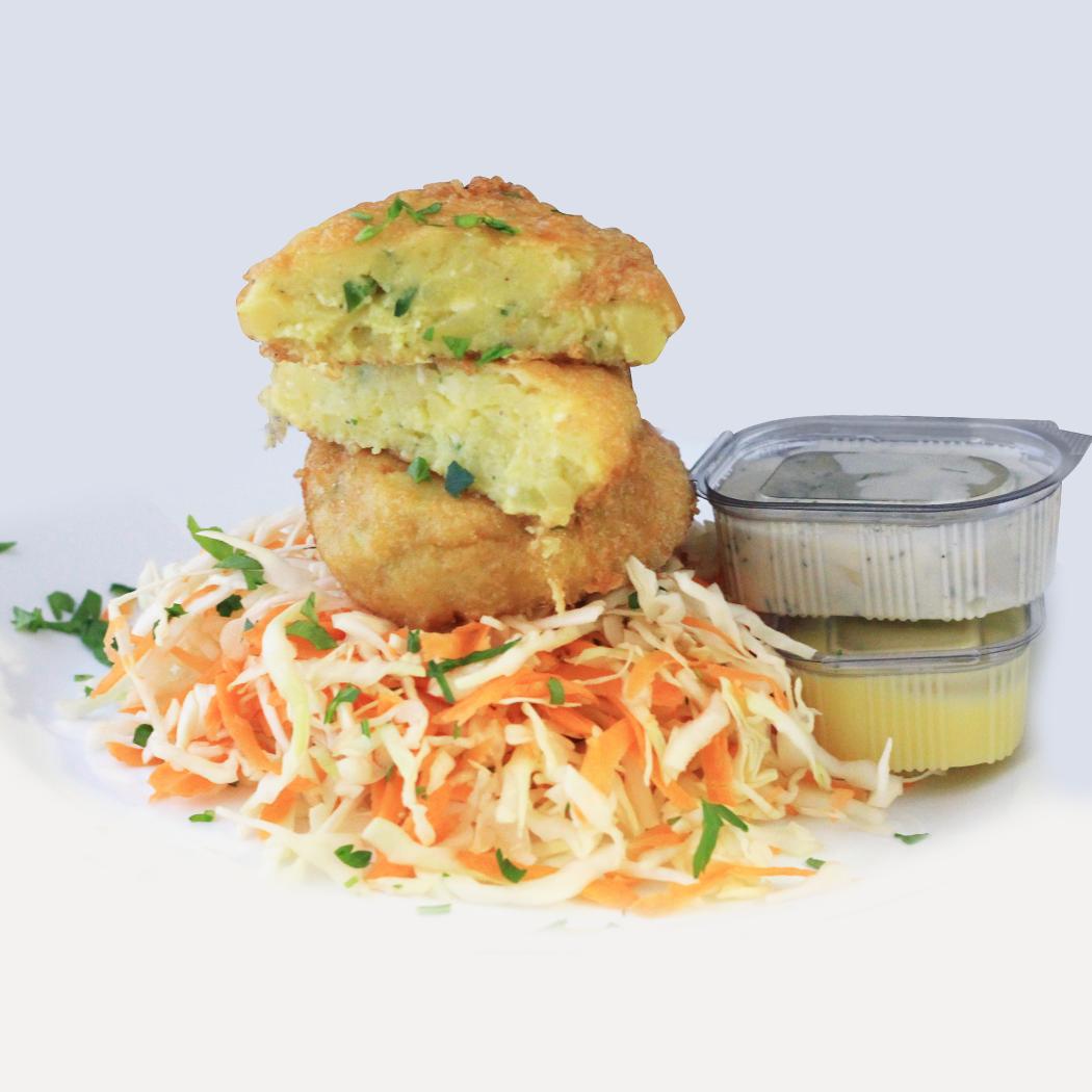 снимка на Картофени кюфтета,зел.салата и млечен сос гр.