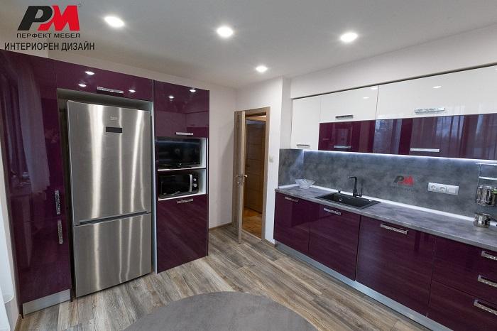 снимка на Модерен и функционален интериорен дизайн на кухня