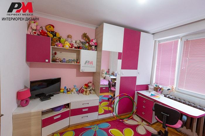 снимка на Интериорен дизайн на детска стая за момиче
