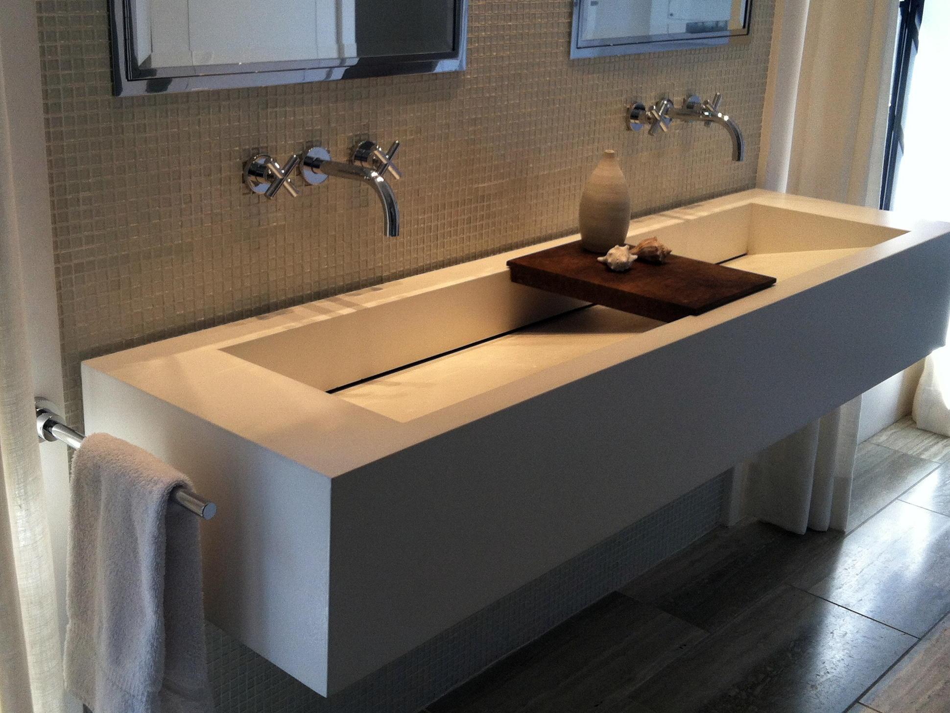 Модерна мивка за баня жълт цвят