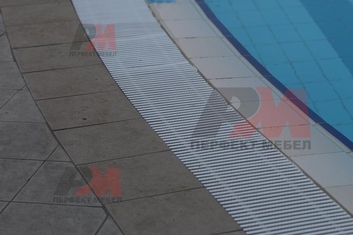 решетки за басейни за плувни комплекси с доставка