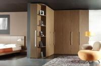 Ъглов седемкрилен гардероб