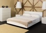 Стилна спалня с 2 нощни шкафчета и скрин