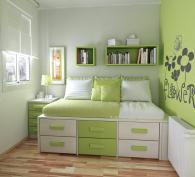 Детска стая в светли цветове