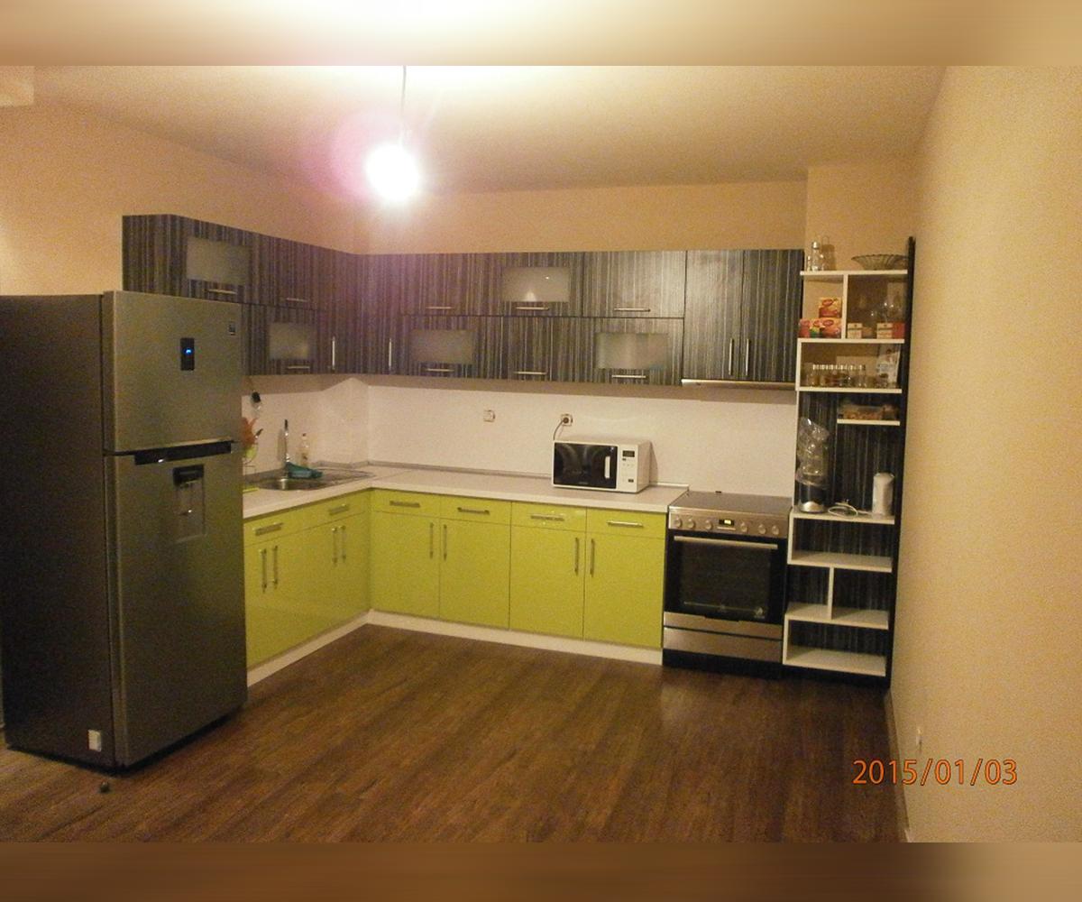 снимка на Ъглова кухня по поръчка от МДФ