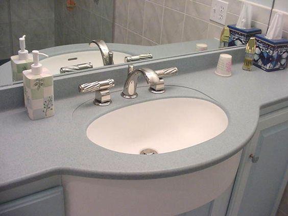 снимка на Елегантна мивка и плот технически камък