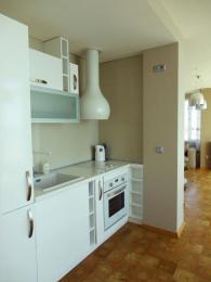 снимка на Кухня в бяло от МДФ и гланц лак