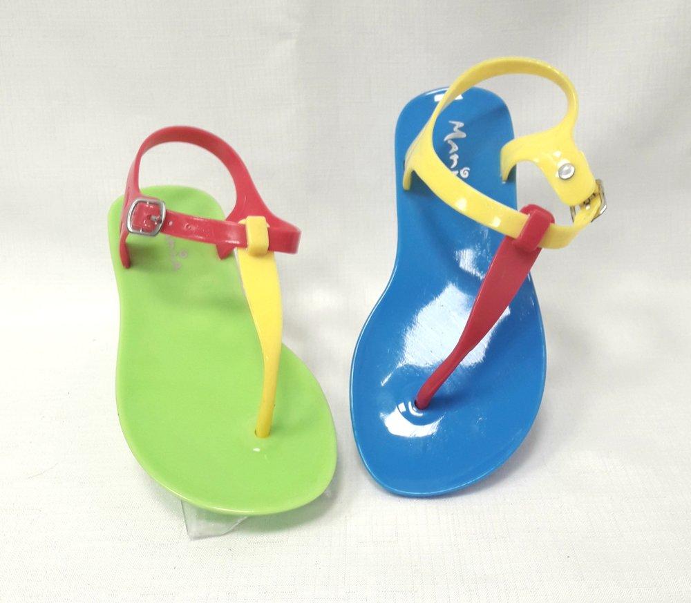 Детски силиконови сандали.