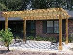 снимка на Дървена пергола за градинки и площадки