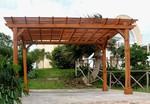 снимка на Дървени перголи за детски площадки и обществени градинки по поръчка