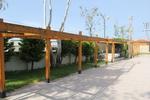 изработка на дървена редова пергола