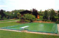 Мрежа за покриване на басейни