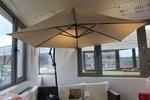 снимка на бели чадъри за градински заведения по поръчка
