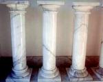 каменна колона