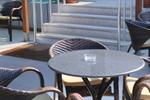 бюджетни верзалитни плотове за маси за столова