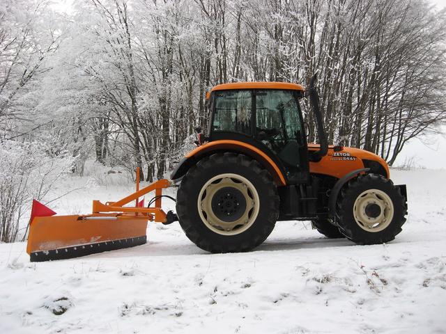 снимка на Хидравлични снегорини за заден монтаж MTM Tech
