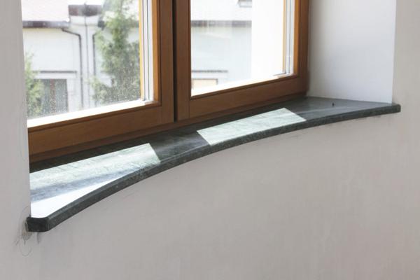 снимка на Подпрозоречен перваз от технически камък