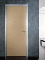 снимка на интериорна врата с прави первази по каталог