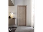 снимка на стилна луксозна интериорна врата