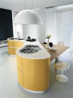 гланцови овални кухни с вградени уреди